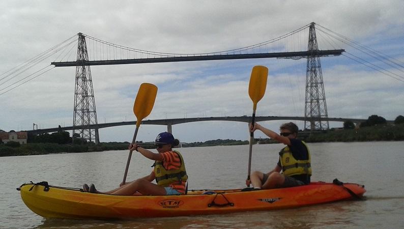 balade kayak sous le pont transbordeur